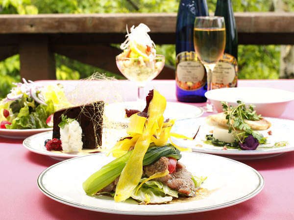 【ペンションSTAY】貸切天然温泉総檜展望風呂☆関東じゃらん人気料理宿に選ばれました