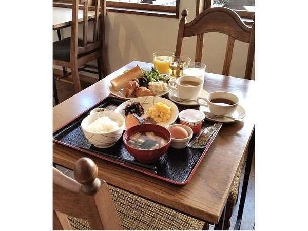 朝食イメージ(元卓より取り分け後)