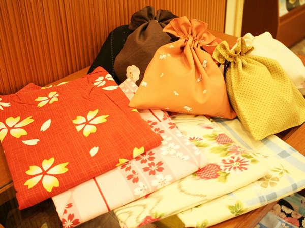 色浴衣(レンタル)と和巾着