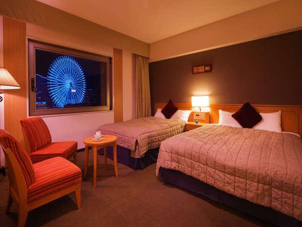 ■デラックスツイン■28.8平米・ダブルベット1台×セミダブルベット1台のお部屋。横浜が誇る極上の夜景を。