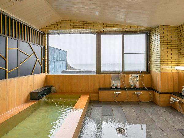 大浴場リニューアル!お肌がつるつるすべすべになる越前南部温泉と、安らぐヒノキの香りでリラックス
