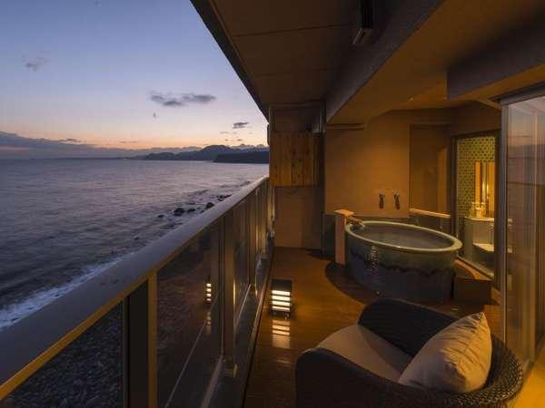 最上階6階確約!!露天風呂付客室【星辰 Seishin】海を一望するかけ流し式露天風呂