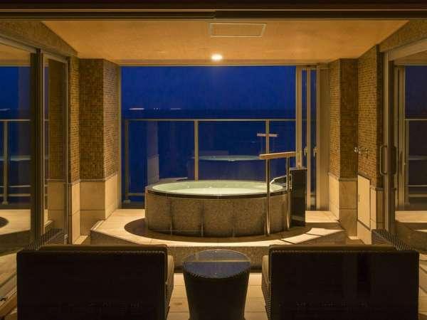 最上階6階確約、かけ流し展望風呂付客室【燎Kagari】静寂に包まれた空間で温泉を一人占め!