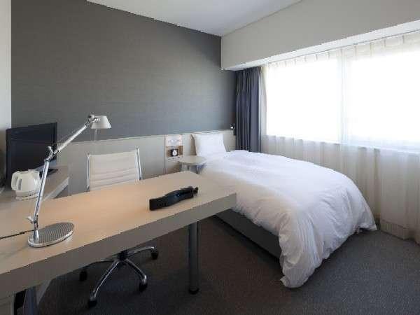 ご宿泊室も全てFree Wi-Fiをご利用いただけます