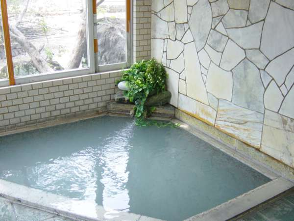 時として濁る(雨の翌日など)温泉