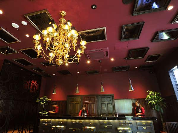 ◆ロビーラウンジ/ラグジュアリーな雰囲気が漂う、宿泊ゲスト専用ラウンジ