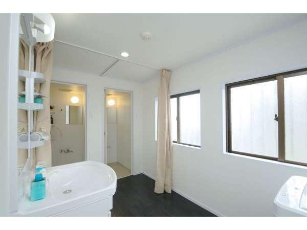 5階 共用シャワー