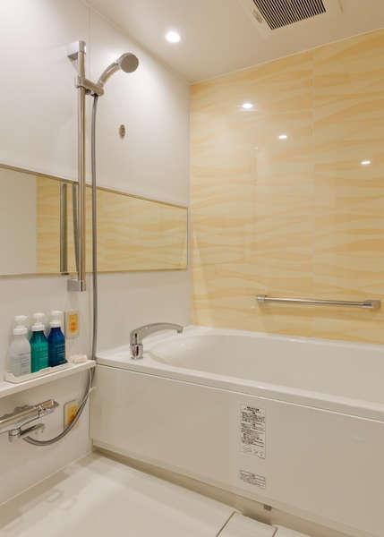 【ツインルーム 浴槽】ツインのお部屋は洗い場付きの為、お子様連れでもオススメです。