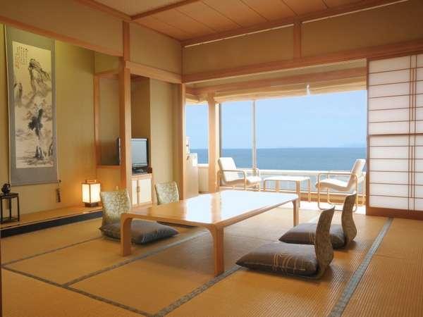 特別室12.5畳+6畳+バストイレ付展望風呂バルコニー付角部屋の海側客室