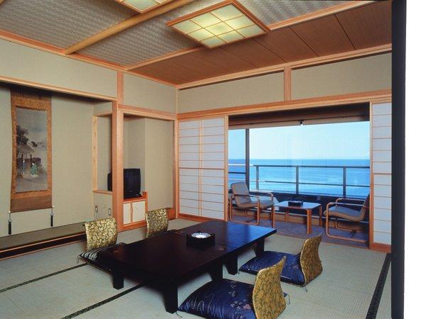 *『夕凪』の間/海側12.5帖+6帖和室