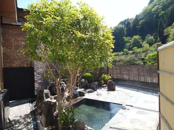 【旅館 いとう】☆1日限定2組の宿☆内湯・露天風呂・蒸し湯がついた家族風呂が人気