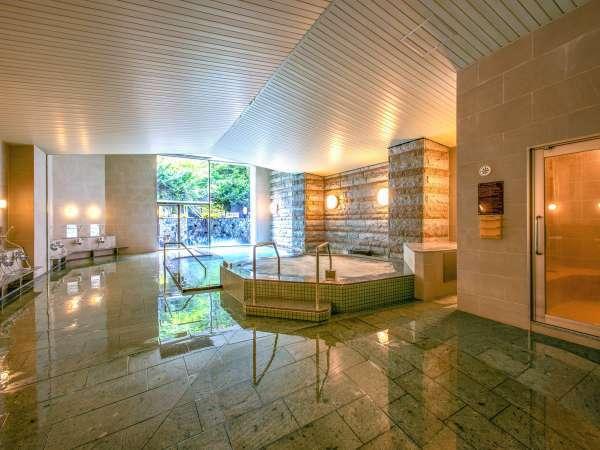 【女性大浴場】『紅葉の湯』サウナ&ジャグジー新設浴場内は清潔で明るく、洗い場もゆったり♪」