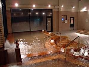 本館大浴場 もちろん源泉掛け流しです。