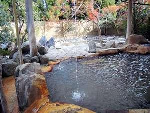 2008年11月に新しく出来ました露天風呂です。