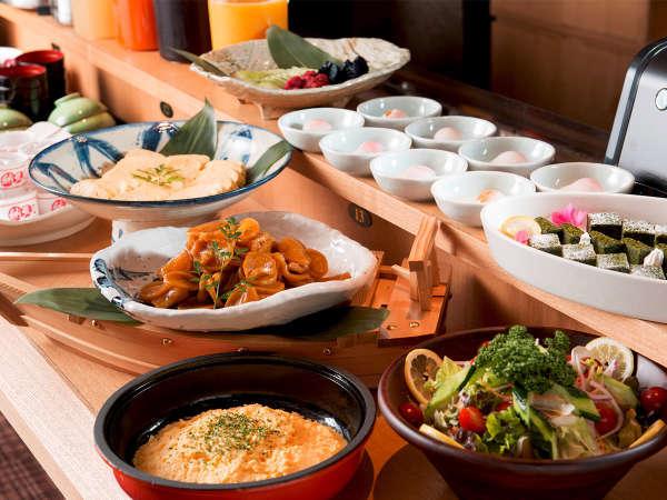 ■朝食ハーフビュッフェ■福井に来たら是非食べたい一品一品が勢ぞろい!観光気分を満喫して頂けます