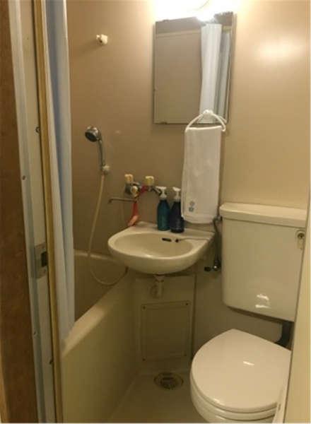 トイレシャワー共用