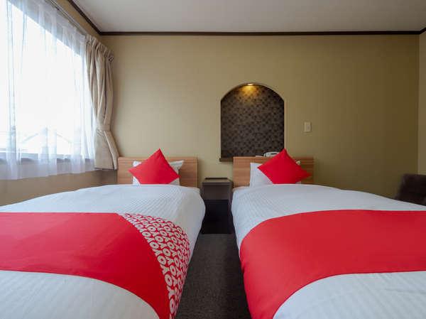 山鹿温泉は、疲労回復や関節痛の効能があるので有名です。普段から頑張る貴方こそ、オススメの宿泊施設です