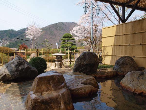 【能勢温泉】大阪市内から車で1時間 ♪ 大阪能勢町 天然温泉料理旅館