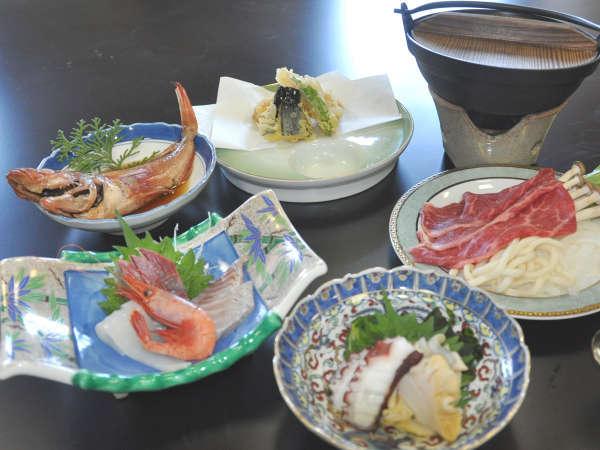 【金平楼】夏のお出かけは日本海!海の幸&天然温泉&海遊び!!