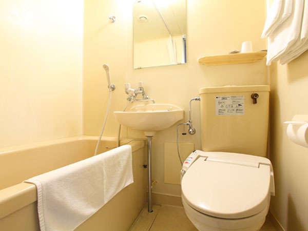 全室ウォシュレットトイレ・バス・有り、アメニティも充実!