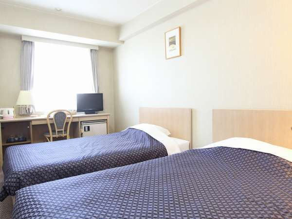 コンフォートツイン(16-17㎡) コンパクトなお部屋にベッドを2台配置したタイプ