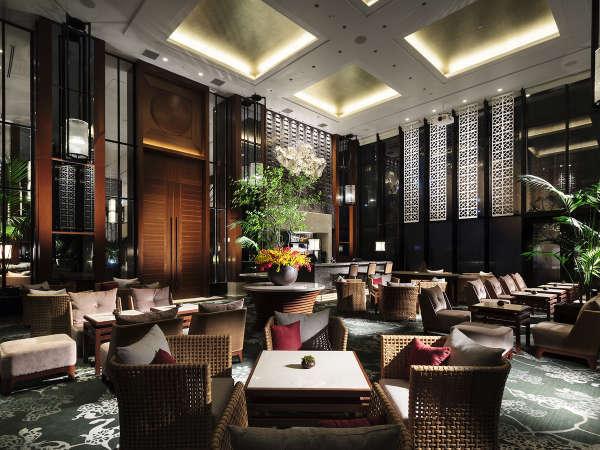 【the lounge】ホテルならではのエレガントなひとときをご堪能下さい
