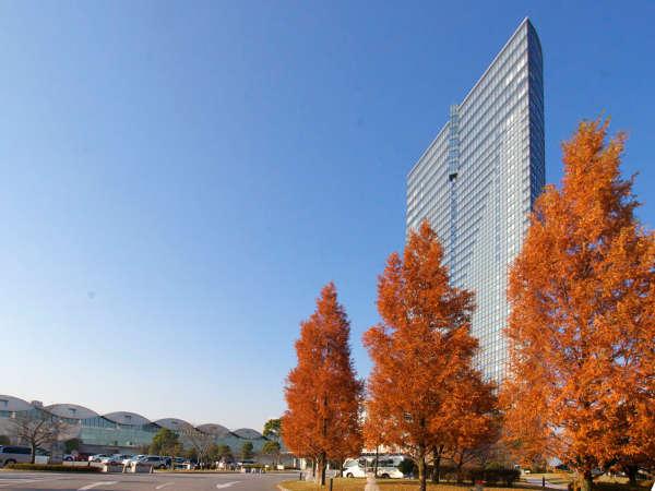 秋のびわ湖大津プリンスホテル 外観