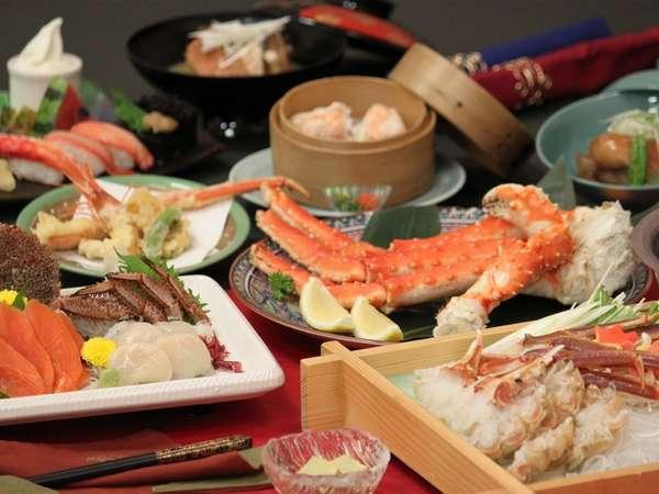 三大蟹パック(毛蟹刺身姿盛り、ずわい蟹しゃぶしゃぶ、蟹の天ぷらなど、まさに蟹のフルコース
