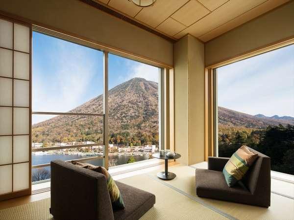 【中禅寺湖ビュー和室/定員6名】男体山側に位置し、中禅寺湖も前面に望める客室。