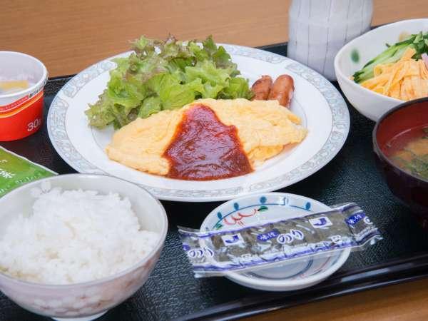 *[朝食一例]手作りの温もりが感じられる和食セットメニューをご用意します。