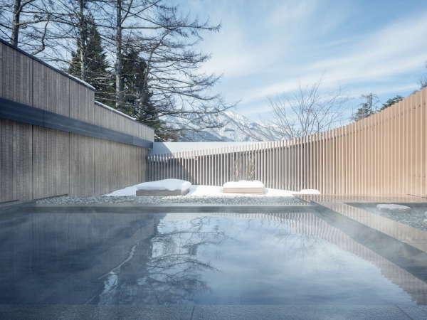 【露天風呂】冬の露天風呂では雪見風呂をお楽しみいただけます。