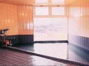 地中1550mから湧出高アルカリ単純泉のお風呂