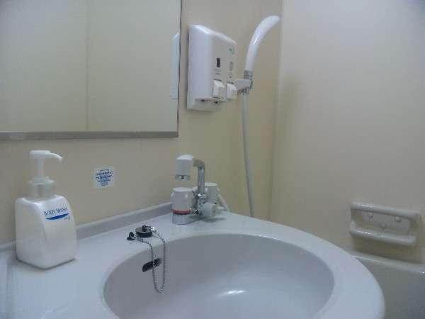 【バスルーム】リンスインシャンプーから《シャンプー&リンス》に変更しました♪