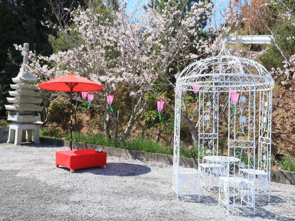 【ガーデン】四季折々の様々な表情をお楽しみいただくことができます。