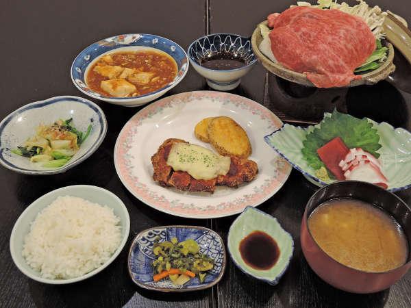 *夕食一例/県産黒毛和牛の逸品料理付♪和洋折衷の季節替わり御膳をお召し上がりください。