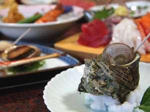 新鮮なサザエをはじめ、美味しい海の幸が満載!
