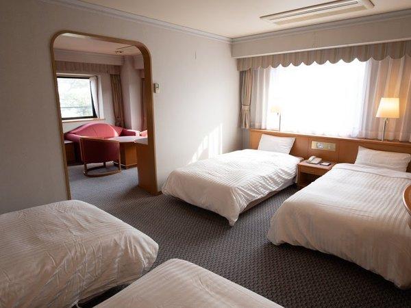 4ベッドルーム(寝室)約39㎡のお部屋はソファベッドを使用して最大5名様までご利用いただけます。