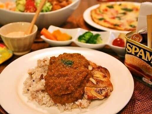 カジュアルプラン一例。ハッピーちっぴーチキンカレーに前菜、サラダ、デザートなどが付きます。