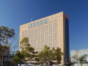 釧路市内中心に位置する17階建ての釧路市街最大客室400室のホテルです
