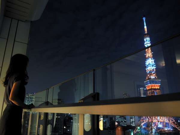 バルコニーからの東京タワー