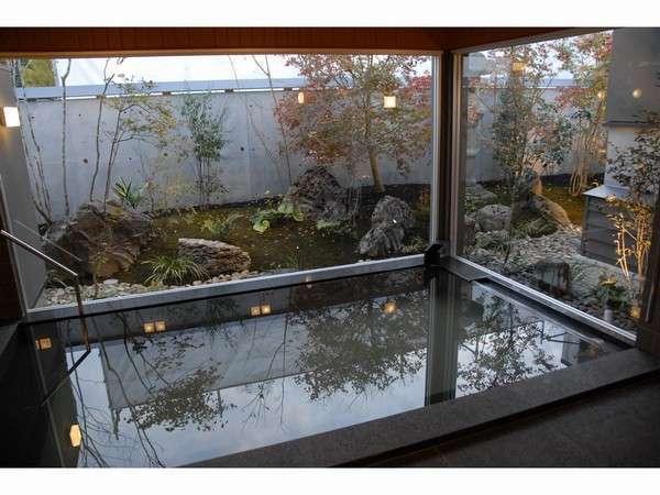 【温泉旅館 丸茂】鳥取駅北口より徒歩5分。源泉かけ流しの湯・庭園を臨む宿
