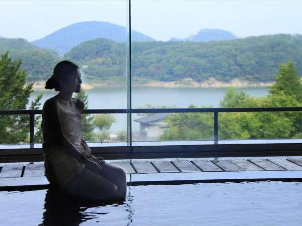 【大浴場 大観の湯】源泉100%かけ流し。 美肌効果があると評判のお湯です
