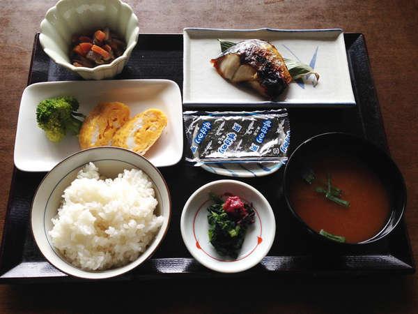 ≪朝食一例≫クチコミでも好評頂いている和朝食です。しっかり食べて元気をチャージ!