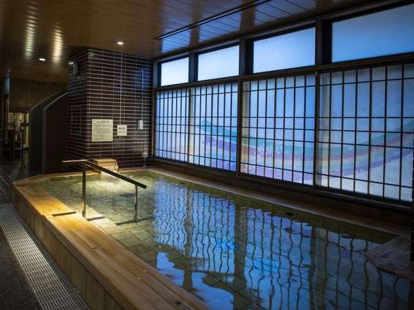 【男性】桧風呂(約42℃)