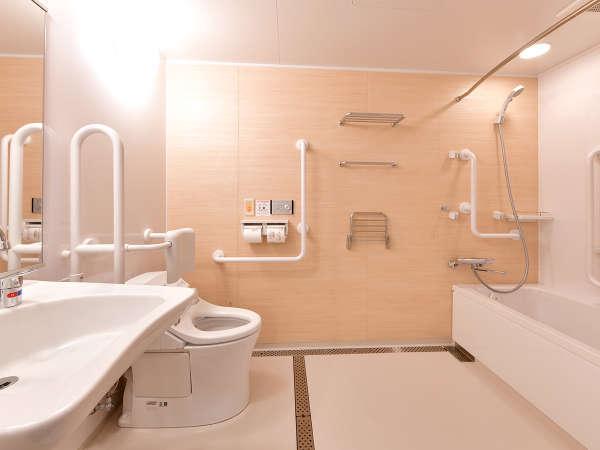 ユニバーサル☆段差のないバスルームです。