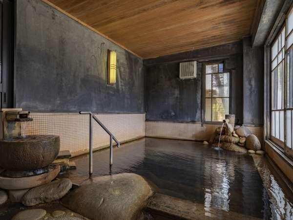 【大浴場:ゆらぎ湯】昔の銭湯を思い出させる趣のある浴場です。
