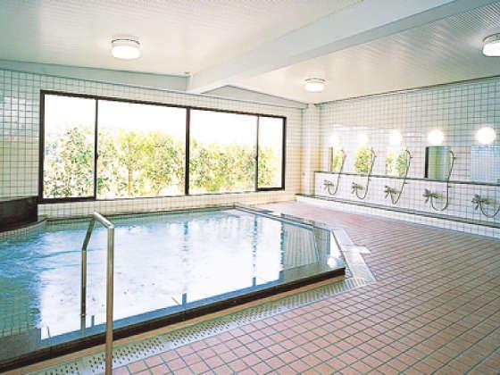 ジェットバス付大浴場(男性専用)利用時間16:00~24:00/6:00~9:00月曜朝時間休業※温泉ではありません