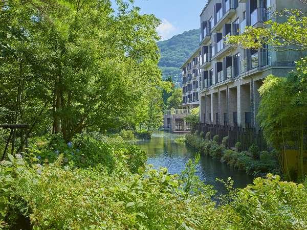 【ホテルハーヴェスト箱根甲子園】箱根の山脈やすすきなど景観が優れた東急グループが運営するホテル