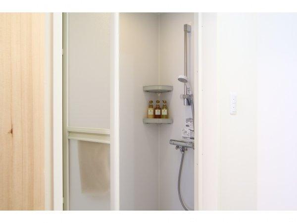 和室12畳。ご家族旅行やグループ旅行にピッタリ、全館で2室限りの和室のご紹介。