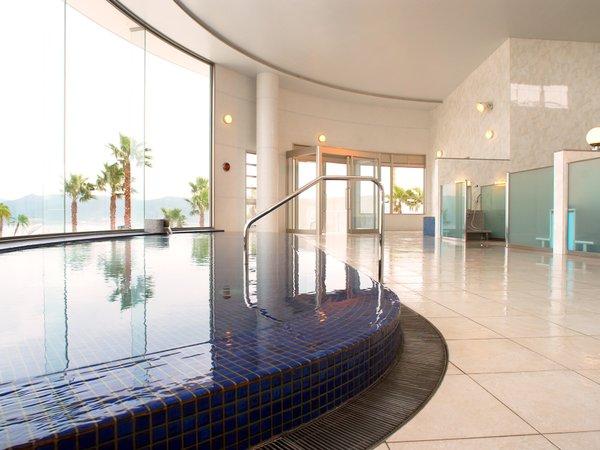 天然温泉「ペルラの湯舟」 海の湯内湯